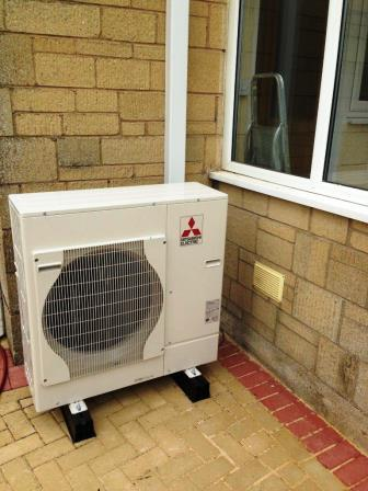 Neatness and efficiency in one go from GSM with an Air Source Heat Pump installed in Whitminster, Gloucestershire