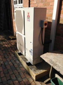GSM Limited installed the Air Source Heat Pump for a customer in Worcestershire. Neatness and attention to detail is a given with GSM.